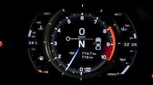 LFA11 300x168 Clarkson v Lexusu LFA