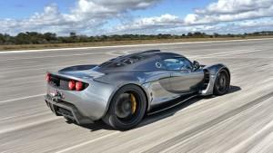 image 22 300x169 Hennessey Venom stanovilo nový rychlostní rekord   435.3 km/h